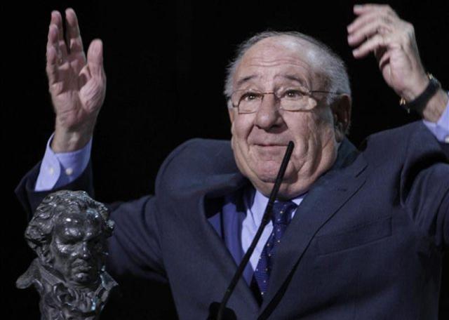 Alfredo-Landa-2007-recogiendo-Goya-honor