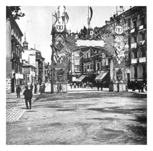 Arco Calle Santiago_n