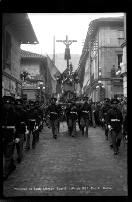 Procesión Santa Librada, parque de los Mártires, julio de 1929 - (Colombia)