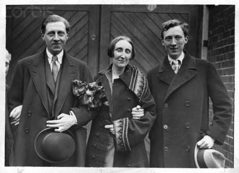 ca. 1920-1940 --- Sir Osbert Sitwell (1892-1969) (l?) the English author, with his sister, the poet Dame Edith (1887-1964) and his brother Sacheverell Sitwell (1897-1988). --- Image by © Hulton-Deutsch Collection/CORBIS