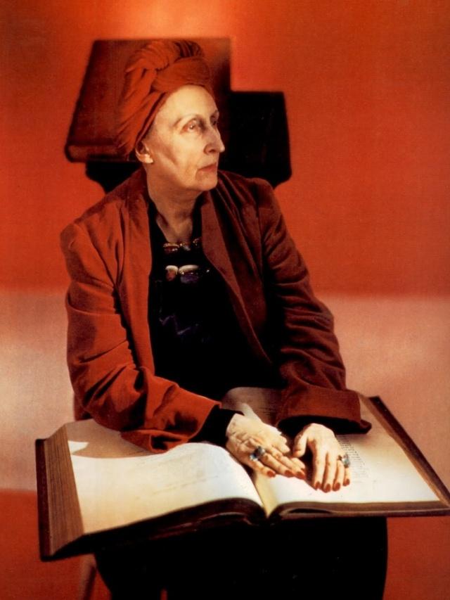 Edith Sitwell, fotografiado en Nueva York por Horst Horst P para Vogue 1948