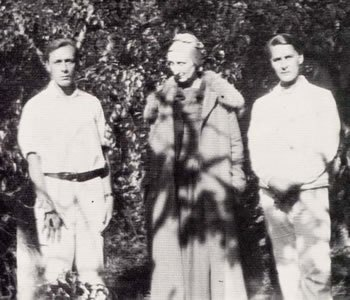 Pavel Tchelitchew, Edith Sitwell and Pavel's partner Allen Tanner