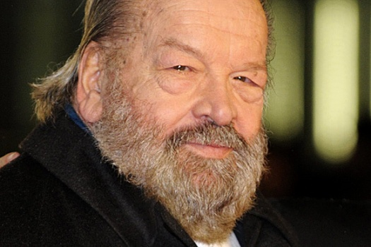 "Italian actor Bud Spencer arrives for the premiere of his film ""Mord ist mein Geschaeft, Liebling"" (Murder is My Business, Darling) on February 19, 2009 in Berlin. The film will start in German cinemas on February 26, 2009.     AFP PHOTO    DDP/STEFFI LOOS    GERMANY OUT"