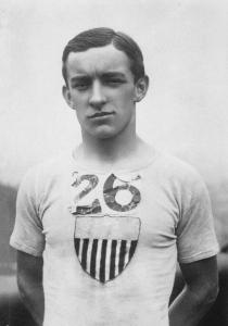 Johnny_Hayes_1908