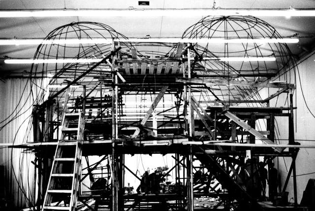 niki-de-saint-phalle_hon-en-construction_fonds-rico-weber_copyright-mahf